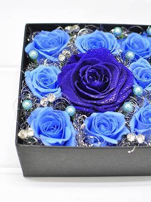 青バラのプリザのボックスフラワー