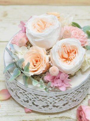 錫製の花器の錫婚式用プリザーブドフラワー