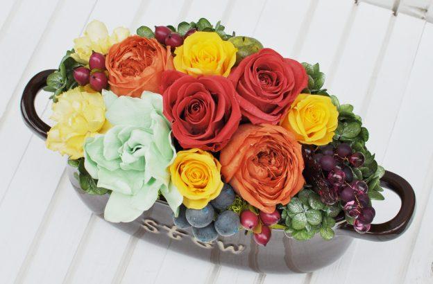 カラフルな花がたくさんのプリザーブドフラワー