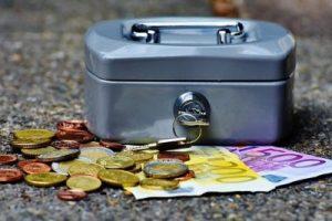 コインケースとコイン