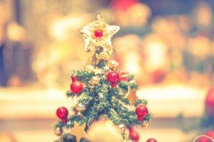 クリスマスツリーの上のお星様