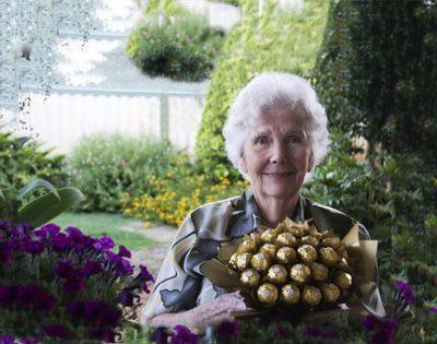 花が好きなおばあちゃん