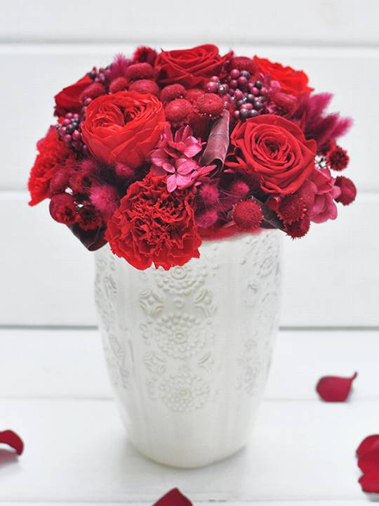 赤バラのみシンプルなプリザーブドフラワー