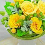 黄色グリーンプリザーブドフラワーアレンジ