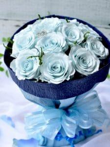プロポーズ(ライトブルー)-12本のバラ花束-
