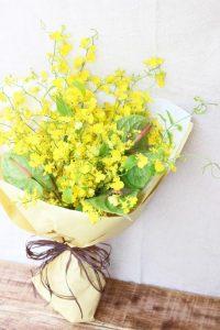 黄色の花びらのオンシジュームの花束